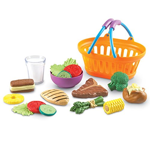 Learning Resources New Sprouts Dinner Foods Basket, 17 Pieces