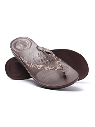 FitFlop Women's iQUSHION Ergonomic Flip Flops - Chocolate
