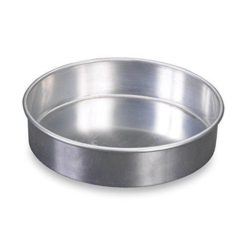 Nordic Ware Natural Aluminum Commercial Round Layer Cake Pan (Renewed)