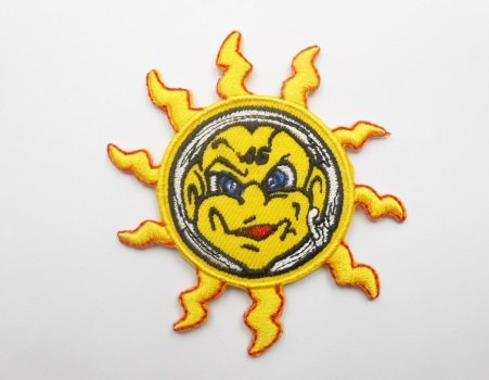 Patches - 46 Soleil - the Doctor - Valentino Rossi - sun - yellow - Motorbike - Motorsport - Motorcycles - Biker - Iron on Patch - Applique embroidery Écusson brodé other
