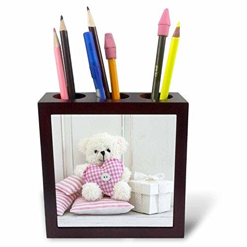 Heart Fabric Holder (3dRose Andrea Haase Still Life Photography - Cute Teddy Bear With Fabric Heart - 5 inch tile pen holder (ph_274780_1))