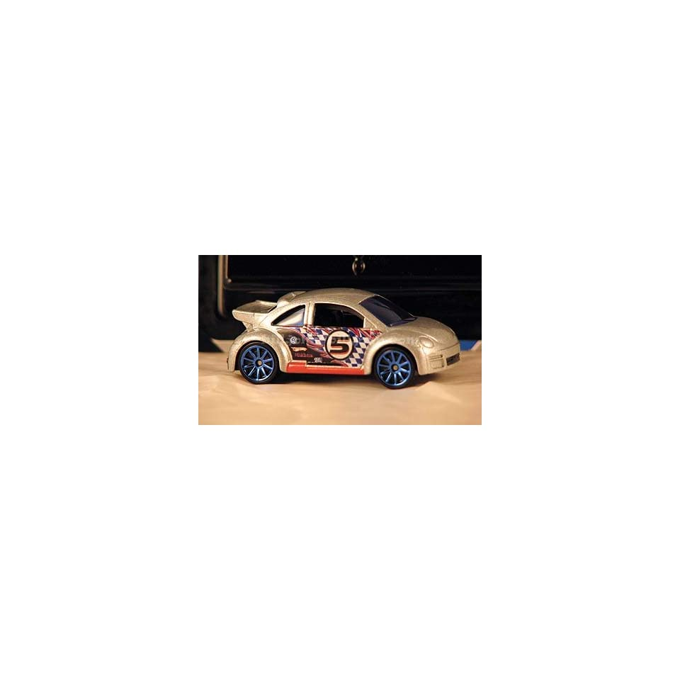 2010 Hot Wheels Mystery Cars VW Volkswagen Beetle Cup (bug) silver grey with racing number