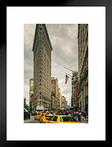 Poster Foundry The Flatiron Building Midtown Manhattan New York Photo Art Print Matted Framed Wall Art 20x26 inch ()
