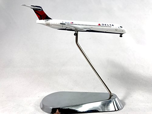 geminijets-delta-air-lines-boeing-717-200-diecast-airplane-model-n922at-with-chrome-stand-1400-scale