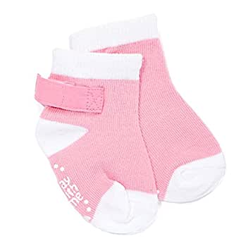 Best Baby Socks That Stay On To Newborn & Infant After a baby born, it's a difficult job to make his surrounding comfortable and protect him from the weather effects. In winter, the situation gets worse.