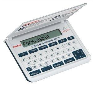 Franklin TSF-109 Larousse Correcteur d\'orthographe Plus de 340 000 mots 150  000 synonymes Conjugaisons Jeux