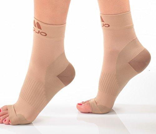 Mojo Compression Plantar Fasciitis Foot Sleeves - XFirm Graduated Support (Beige, Medium)