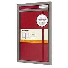 Moleskine - Set de Escritura con Cuaderno y Bolígrafo Classic Plus, Cuaderno Clásico con Rayas, Tapa Dura, Tamaño Grande 13 x 21 cm, Color Rojo Escarlata, 240 Páginas