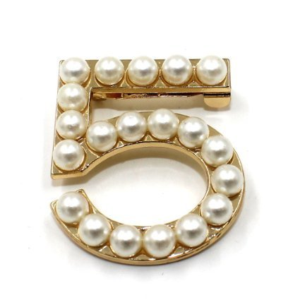 new-fashion-ladies-girls-brooches-pearls-leaves-cc-brooches-pin-clips-clothing-accessories-suitable-