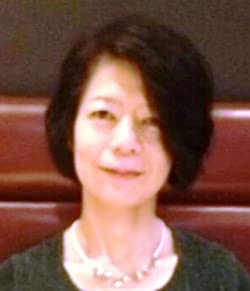安岡 優子