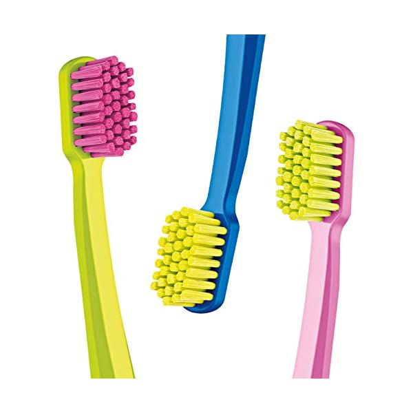 Curaprox CS5460PACK Ultra Soft Spazzolini da denti, confezione da 3 pz, colori assortiti 3 spesavip