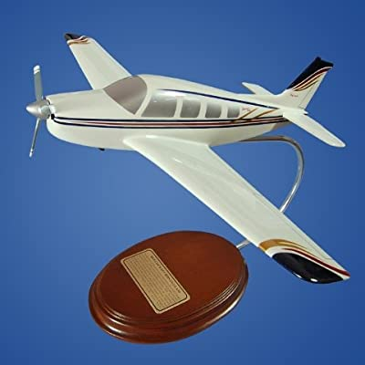 Mastercraft Collection Beechcraft A-36 Bonanza Model Scale:1/33