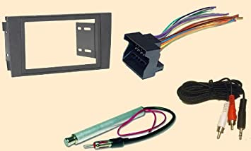 41DMWFjeq3L._SX355_ amazon com radio stereo install dash kit wire harness antenna 2002 audi a6 stereo wiring harness at bayanpartner.co