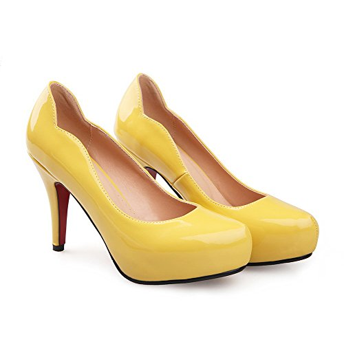 AllhqFashion Mujer Charol Slip-on Tacón Alto Puntera Redonda ZapatosdeTacón Amarillo