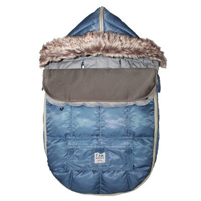 500 Le Sac Igloo Car Seat/ Stroller Blanket Size: Medium (6-18 months), Color: Denim by 7 A.M. Enfant