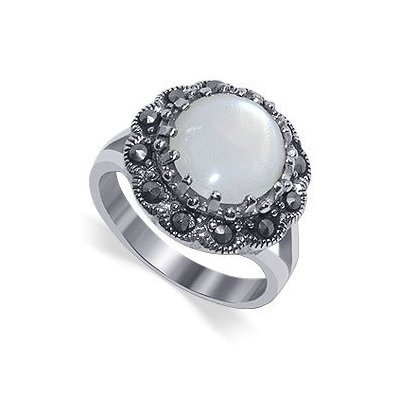 Gem Avenue 925 Sterling Silver Round Mother of Pearl and Marcasite Ring
