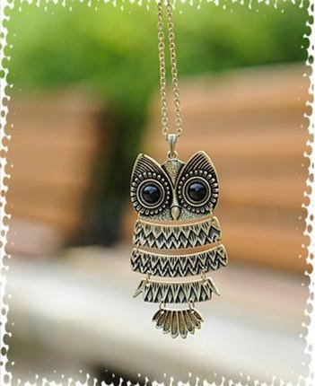 Vintage Retro Textured Owl Pendant with Long Silvered Chain- Retro Silver