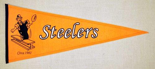 (Winning Streak NFL Pittsburgh Steelers Throwback Pennant)