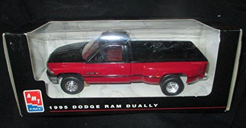 Ertl Dodge Diecast Model (#8046 AMT/Ertl 1995 Dodge Ram Dually ,Red 1/25 Plastic Promo,Fully Assembled)