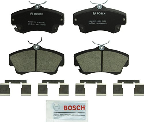 Bosch BC841 QuietCast Premium Ceramic Disc Brake Pad Set For 2001-2010 Chrysler PT Cruiser and 2003-2005 Dodge Neon; Front