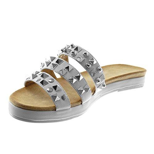 Angkorly Damen Schuhe Sandalen Mule - Slip-On - Multi-Zaum - Nieten - Besetzt - Glänzende Blockabsatz 2.5 cm Weiß