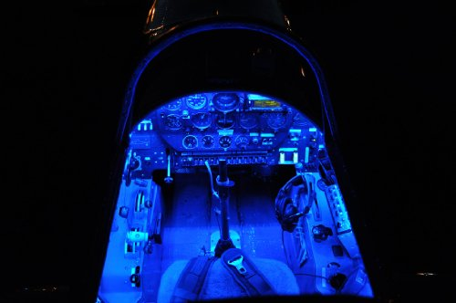 Amazon.com: Pilot Lights Dual Color (Blue/White) LED Light Strips Auto  Airplane Aircraft Rv Boat Interior Cabin Cockpit LED Lighting 12VDC:  Automotive
