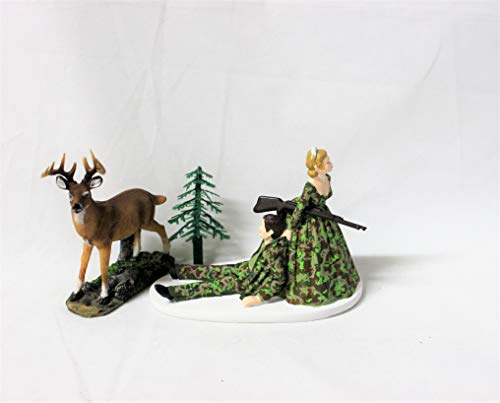 Both Bride and Groom Camo Redneck Wedding Hunter Hunting Cake Topper ()