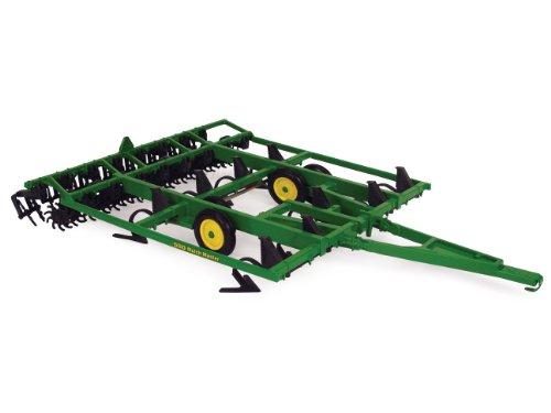 (ERTL John Deere Mulch Master Diecast Tractor, 1:16-Scale)