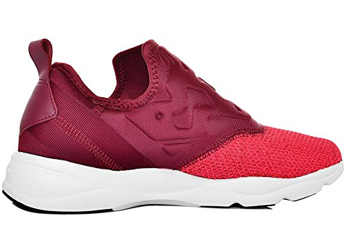 reebok - SPORTSWEAR - Furylite Slip-On Knit - Collegiate burgundy - 42.5