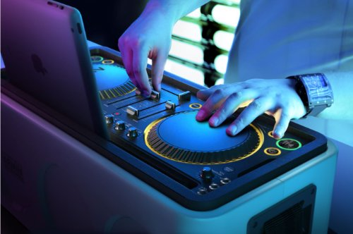 Philips DS8900/ M1X-DJ Sound System Docking Station and Bluetooth Designed With Armin Van Buuren by Philips (Image #2)