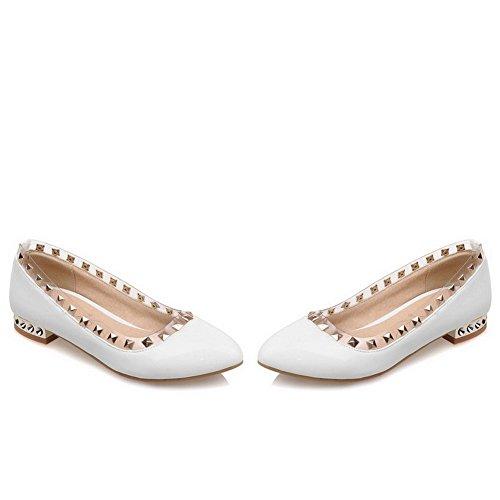 AllhqFashion Damen Ziehen auf Niedriger Absatz PU Leder Eingelegt Spitz Zehe Pumps Schuhe Weiß