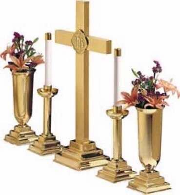 Pr 12  Brass Candlesticks: ()