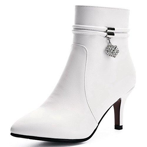 AllhqFashion Damen Hoher Absatz Eingelegt Spitz Zehe Reißverschluss Stiefel mit Anhänger Weiß