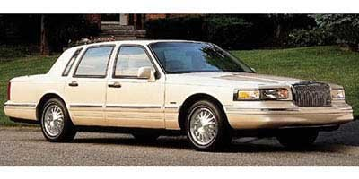 1997 lincoln town car reviews images and specs vehicles. Black Bedroom Furniture Sets. Home Design Ideas