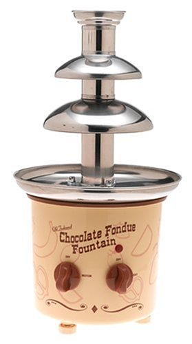 Nostalgia CFF-884 Chocolate Fondue Fountain