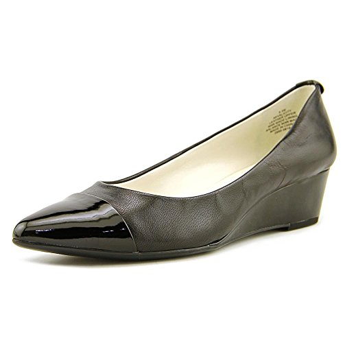 Anne Klein Womens akvalicity Suede Pointed Toe, Black/Black Suede, Size 8.0 ()