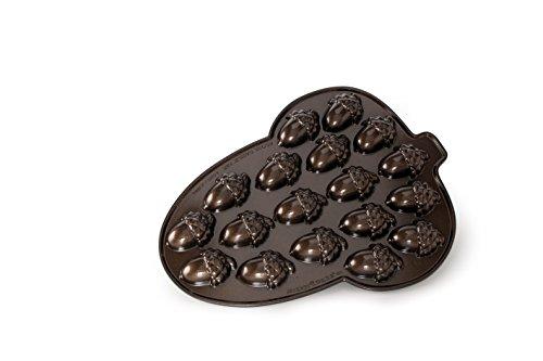Nordic Ware Acorn Cakelet Pan, Bronze ()