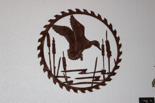 Duck Decor (Duck in Reeds on Sawblade Metal Wall Art Country Rustic Hunting Home Decor)