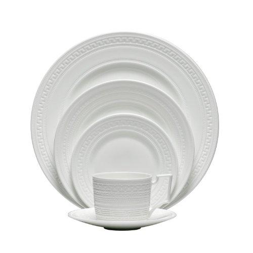 Wedgwood Dinnerware, Intaglio 5 Piece Place Setting