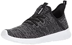 These women's shoes combine the flexibility and feel of lightweight running sneakers with a modern look. The innovative knit upper flashes seamless 3-Stripes on the sides. Ultra-soft cushioning keeps you comfortable all day.