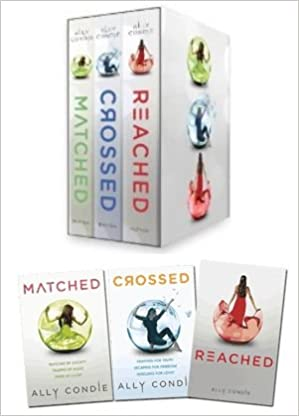 Matched crossed reached ally condie 8876250441199 amazon matched crossed reached ally condie 8876250441199 amazon books fandeluxe Gallery