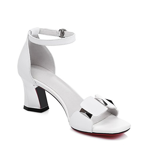 Chunky 1TO9 Heels White Sandals Pleather Buckle Charms Heeled MJS02654 Womens AP5qF