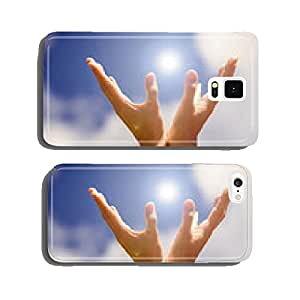 Hands holding light on the blue sky cell phone cover case Samsung S6