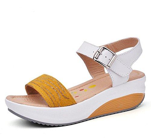 desgaste externo del calzado de playa casuales Sra sandalias de fondo grueso palabra cingulado zapatos abiertos salvajes Yellow