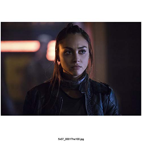 Lindsey Morgan 8 Inch x 10 Inch PHOTOGRAPH The 100 (TV Series 2014 -) Wearing Leather w/Thick Collar Around Neck kn