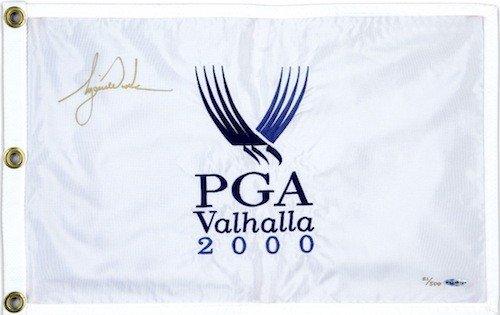TIGER WOODS Hand Signed 2000 PGA Champ Flag UDA LE ()