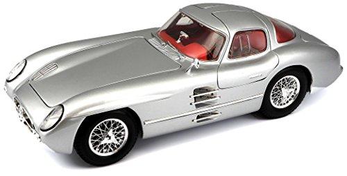 Maisto 1:18 Scale Mercedes-Benz 300SLR Coupe Uhlenhaut Diecast Vehicle