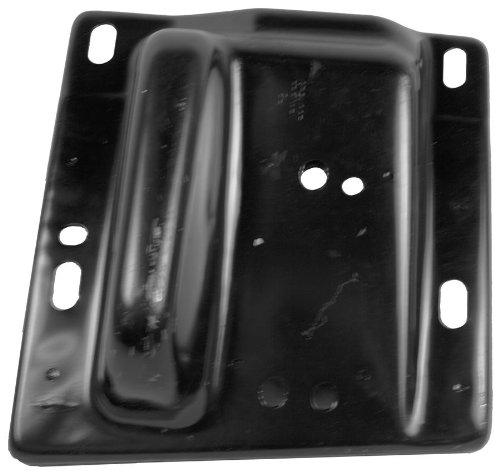 OE Replacement Dodge Pickup Front Passenger Side Bumper Bracket (Partslink Number CH1067131)