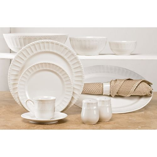 Gibson Regalia 46-Piece Dinnerware - 46 Dinner Piece Set