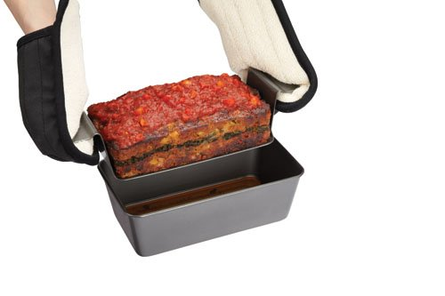 Chicago Metallic Professional Non-Stick 2-Piece Healthy Meatloaf Set, 12.25-Inch-by-5.75-Inch by Chicago Metallic (Image #3)